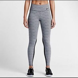 Nike Women's Legendary Jacquard Training Tights